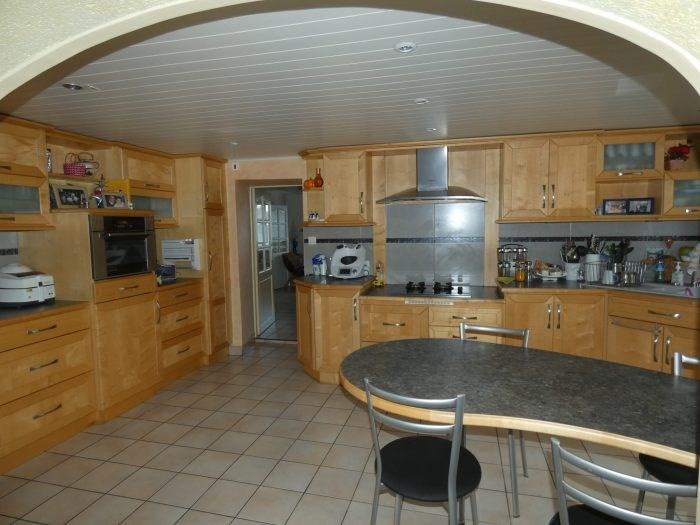 Sale house / villa Le puiset dore 216900€ - Picture 3