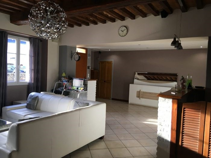 Investment property house / villa Les clouzeaux 260 700€ - Picture 4