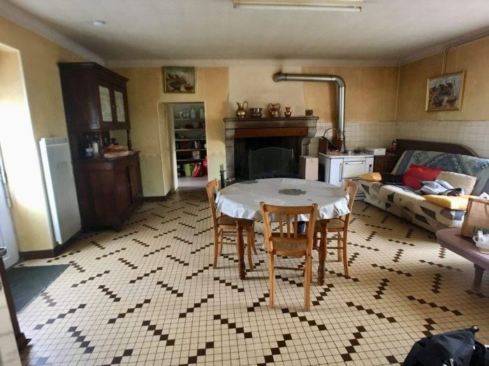 Sale house / villa Les brouzils 136900€ - Picture 2