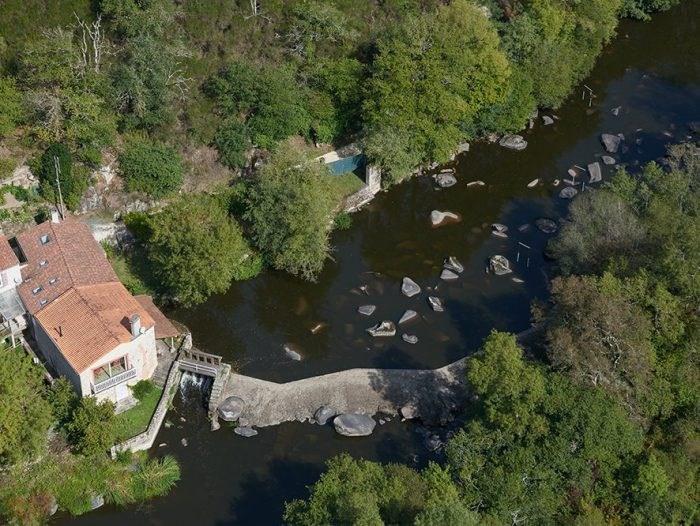 Sale house / villa Mortagne-sur-sèvre 398000€ - Picture 2