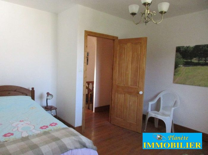 Sale house / villa Pont croix 270 920€ - Picture 11