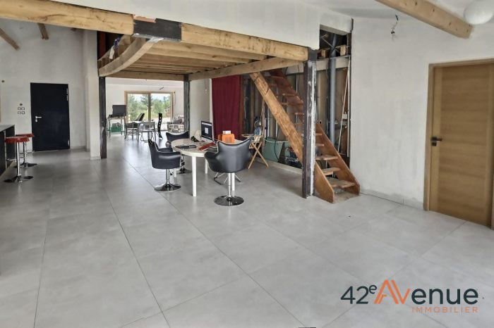 Vente maison / villa Saint-marcellin-en-forez 275 000€ - Photo 4