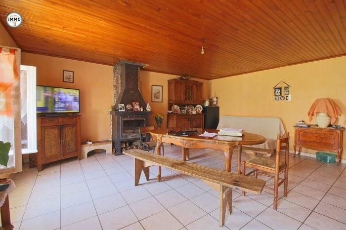 Sale house / villa Saint-dizant-du-gua 83100€ - Picture 4