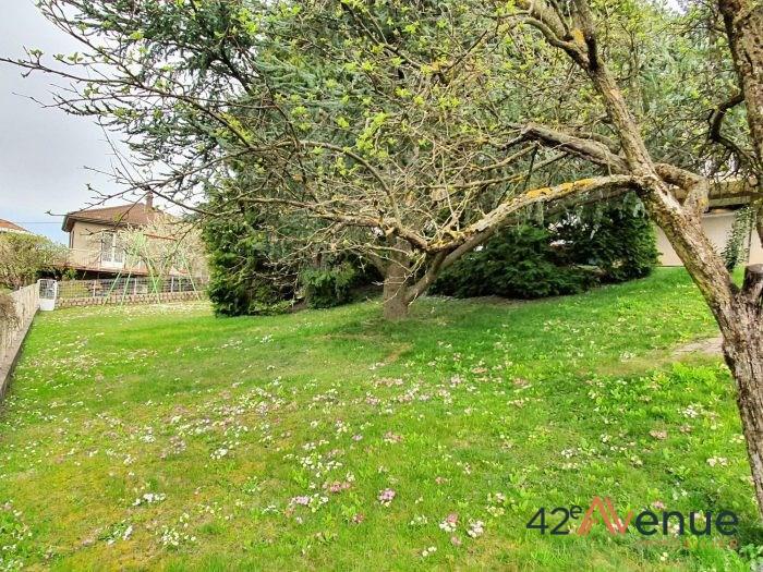 Sale house / villa Saint-jean-bonnefonds 275000€ - Picture 2