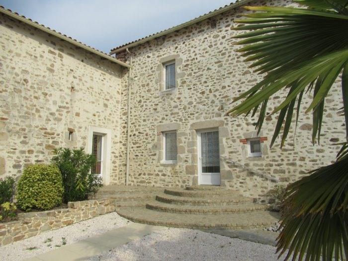 Deluxe sale house / villa Belleville sur vie 566500€ - Picture 2