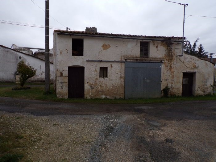 Vente maison / villa Gémozac 14000€ - Photo 2