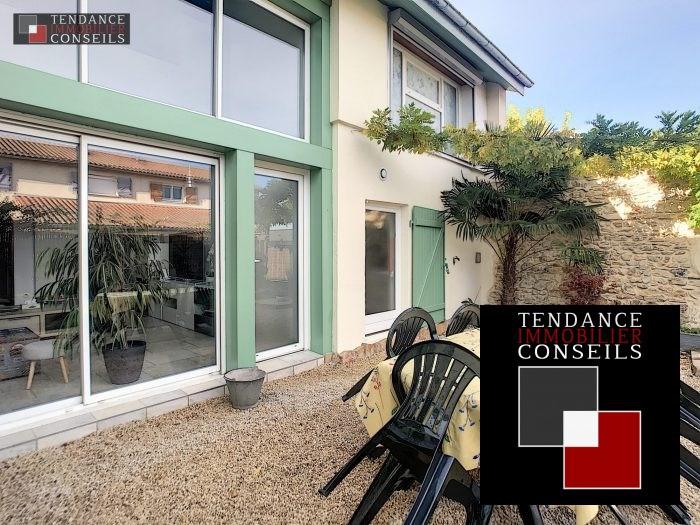 Sale house / villa Arnas 273000€ - Picture 1