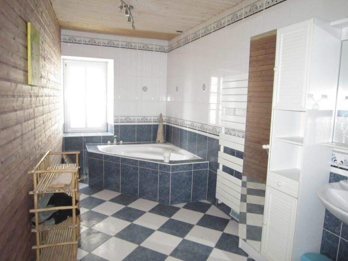 Sale house / villa Saligny 108900€ - Picture 4