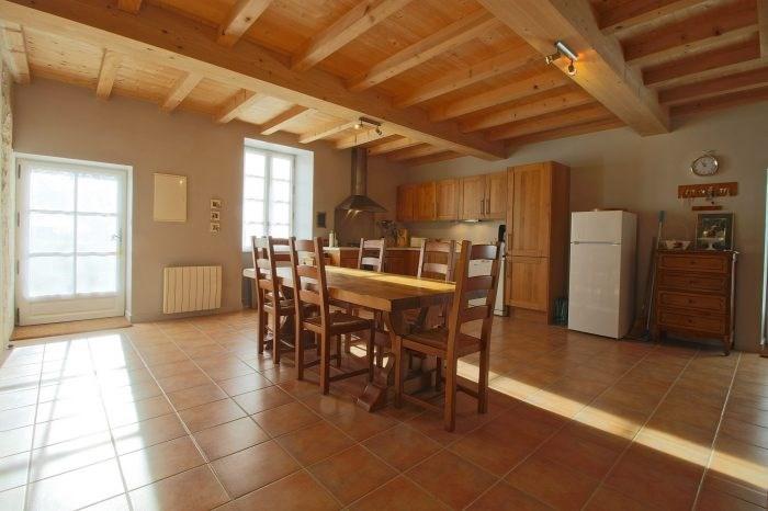 Deluxe sale house / villa Saint-fort-sur-gironde 498000€ - Picture 4