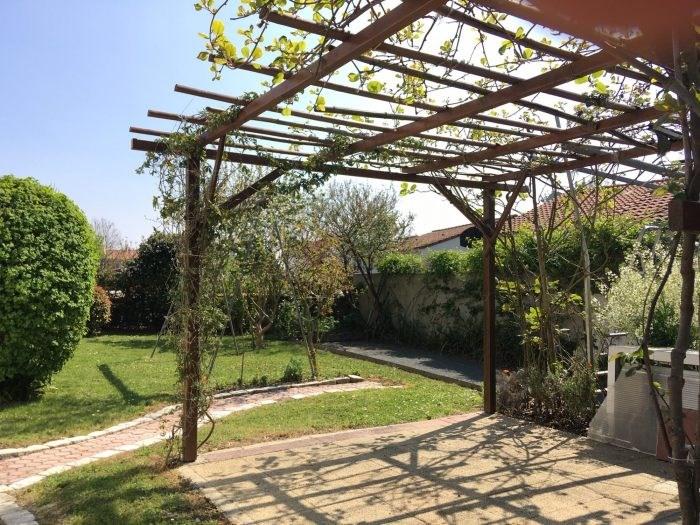 Sale house / villa Boufféré 245400€ - Picture 5