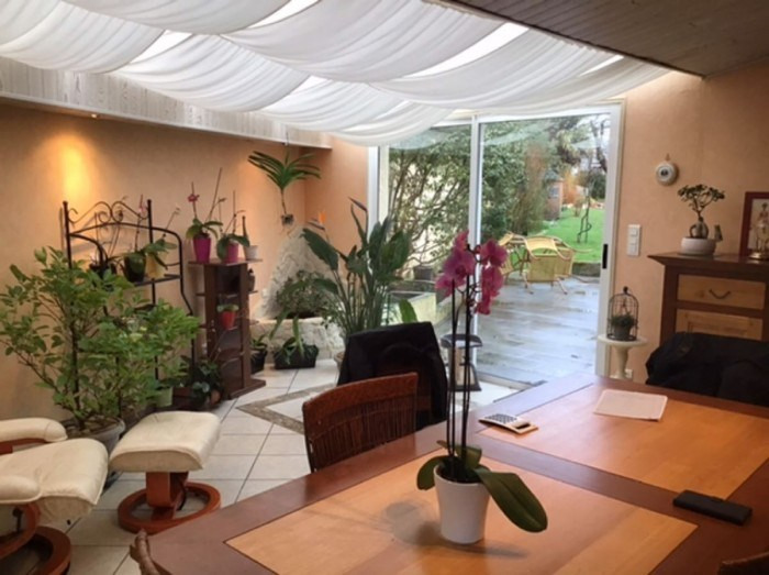 Sale house / villa Saint-andré-de-la-marche 321900€ - Picture 4