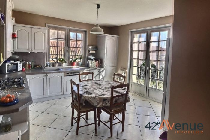 Vente maison / villa Saint-maurice-en-gourgois 275000€ - Photo 10
