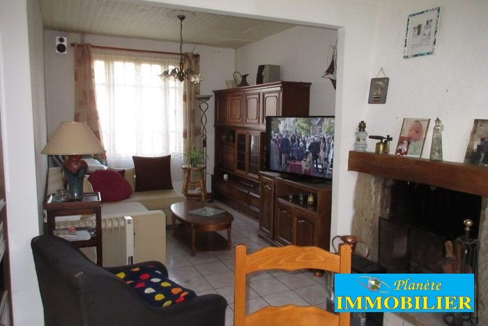 Sale house / villa Audierne 84 000€ - Picture 1