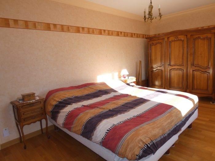 Sale house / villa Vallet 340500€ - Picture 6