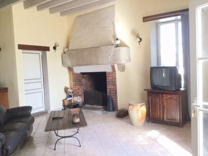 Sale house / villa Vieillevigne 286000€ - Picture 2