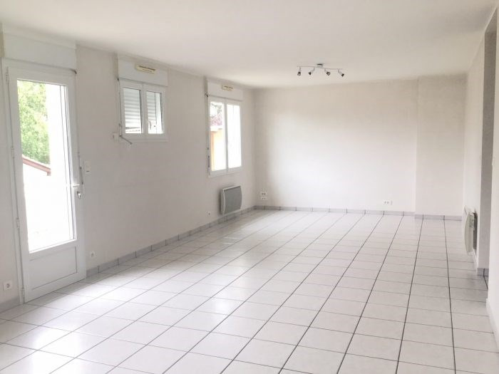 Investment property house / villa L'herbergement 162900€ - Picture 4