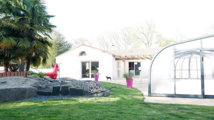Deluxe sale house / villa La bernardière 363000€ - Picture 1