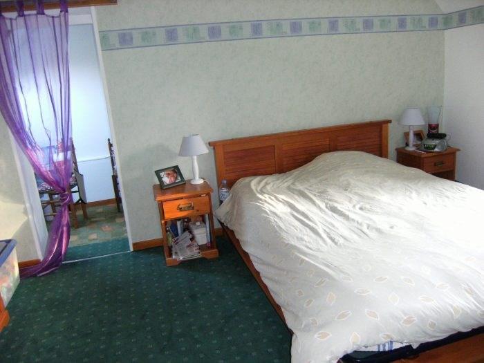Sale house / villa Pressagny-l'orgueilleux 218000€ - Picture 5
