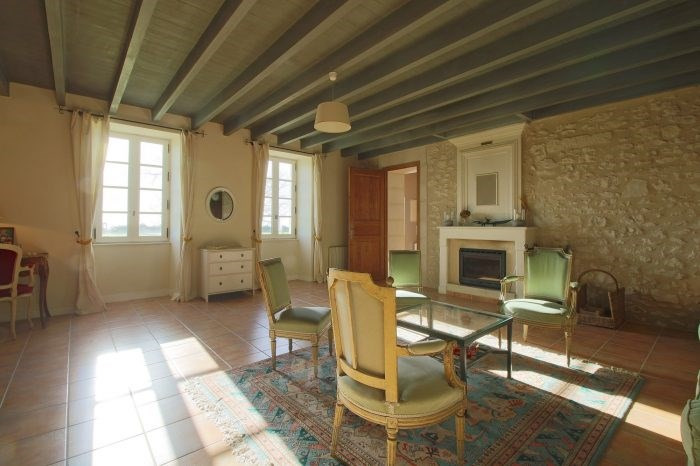 Deluxe sale house / villa Saint-fort-sur-gironde 498000€ - Picture 3
