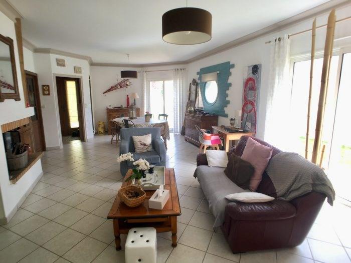 Sale house / villa La guyonnière 259900€ - Picture 4