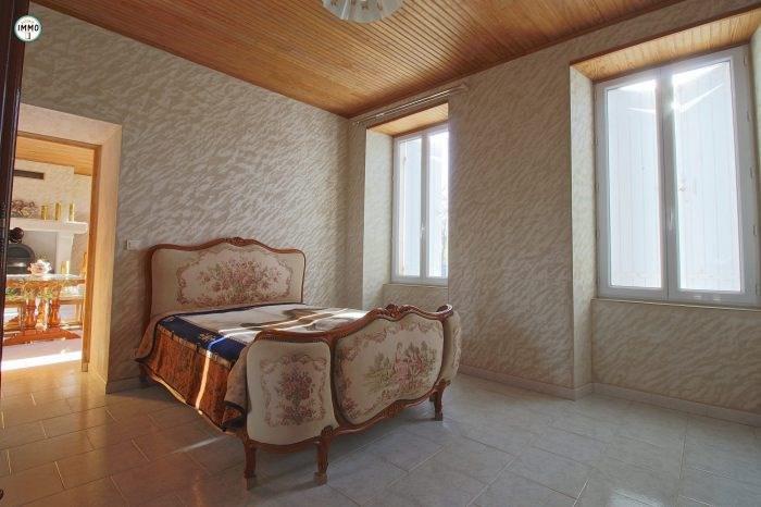 Vente maison / villa Semoussac 277160€ - Photo 7