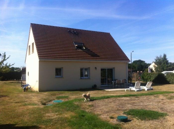 Rental house / villa Villez-sous-bailleul 950€ CC - Picture 2