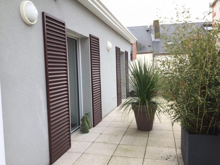 Deluxe sale apartment Montaigu 296000€ - Picture 2