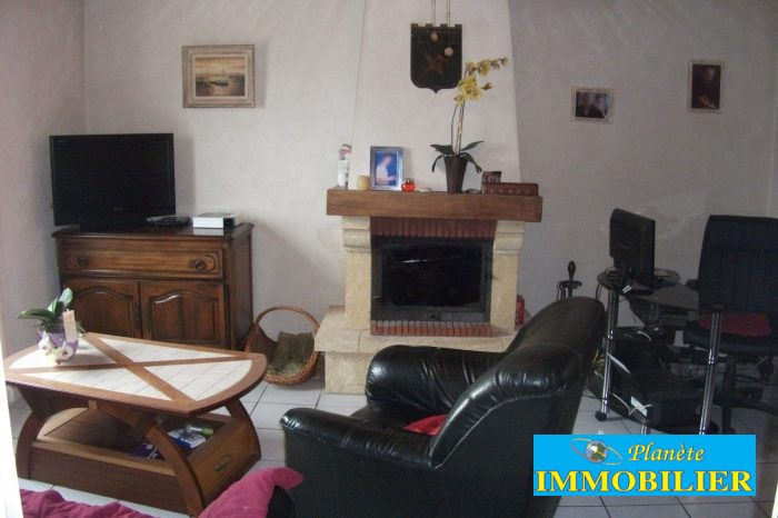 Sale house / villa Confort meilars 182 350€ - Picture 3