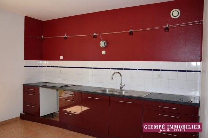 Location maison / villa Chaumont-d'anjou 770€ CC - Photo 3