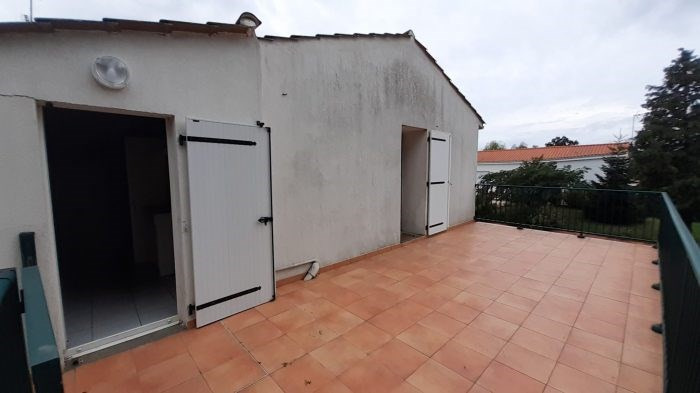 Investment property house / villa Beaulieu-sous-la-roche 116 900€ - Picture 6