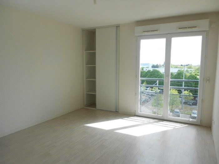 Rental apartment La roche-sur-yon 353€ CC - Picture 1