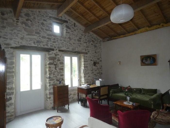 Sale house / villa St crespin sur moine 105490€ - Picture 3