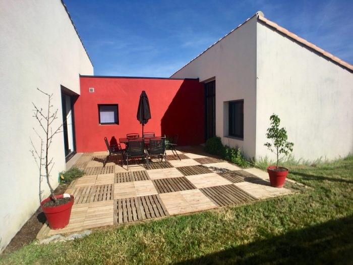 Sale house / villa Treize-septiers 208900€ - Picture 1