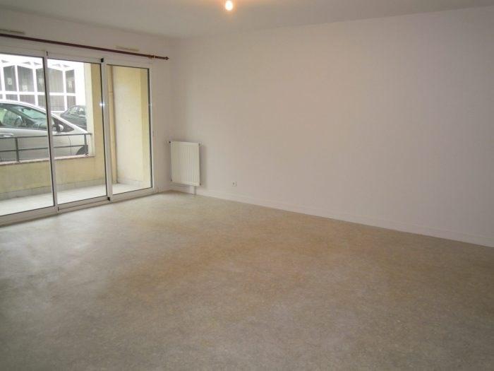 Rental apartment Clisson 623€ CC - Picture 1