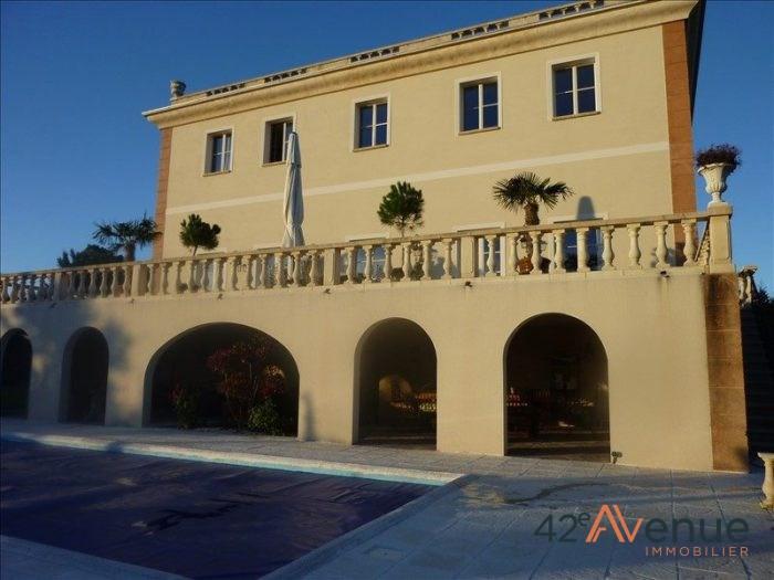 Deluxe sale house / villa Cottance 694000€ - Picture 1
