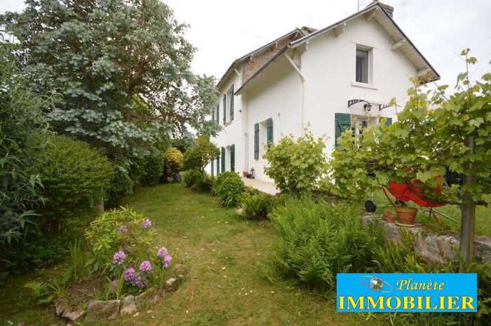 Sale house / villa Plouhinec 171 930€ - Picture 1