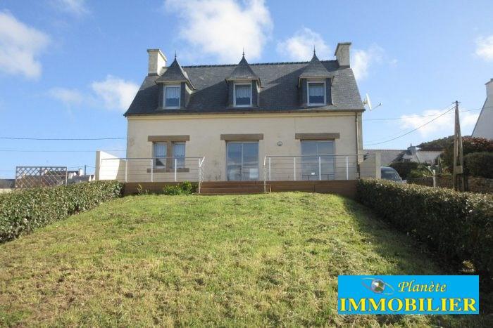 Sale house / villa Plozévet 229240€ - Picture 1