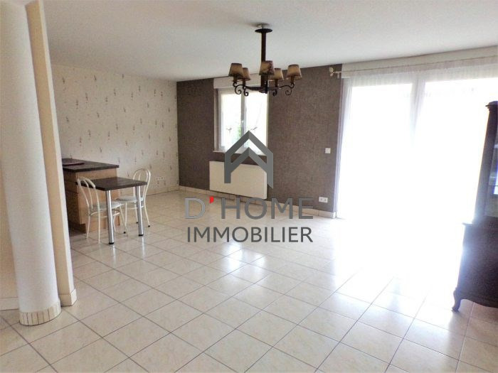 Verkoop  appartement Lutzelhouse 186160€ - Foto 2