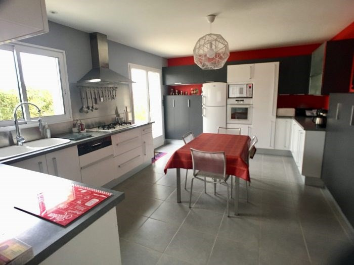 Sale house / villa La guyonnière 323000€ - Picture 3