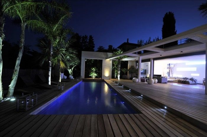 Deluxe sale house / villa Frejus 1150000€ - Picture 1