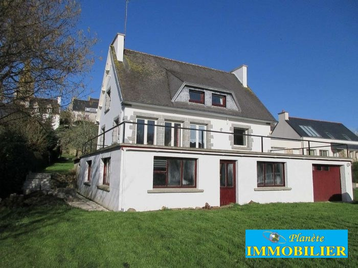 Sale house / villa Pont croix 270 920€ - Picture 1