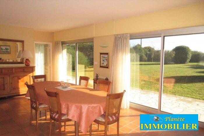 Sale house / villa Confort-meilars 171930€ - Picture 2