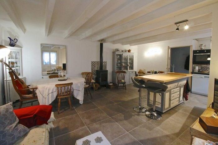 Vente maison / villa Mortagne-sur-gironde 139360€ - Photo 2