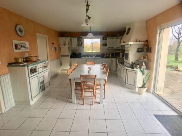 Sale house / villa La boissière-de-montaigu 229400€ - Picture 2