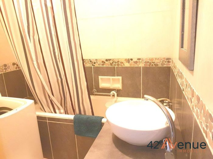 Location appartement Saint-étienne 697€ CC - Photo 7