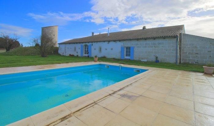 Deluxe sale house / villa Saint-fort-sur-gironde 498000€ - Picture 1
