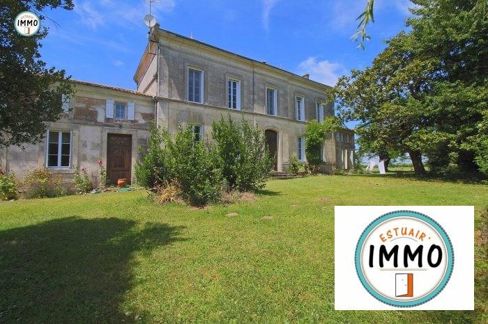 Deluxe sale house / villa Saint-fort-sur-gironde 599000€ - Picture 1