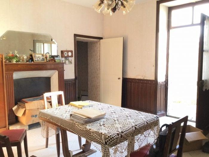Investment property house / villa Saint-georges-de-montaigu 261000€ - Picture 4