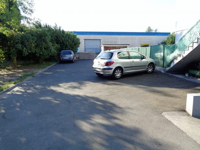 Location local commercial Haguenau 1 800€ CC - Photo 1