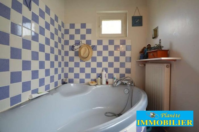 Sale house / villa Plouhinec 171 930€ - Picture 11
